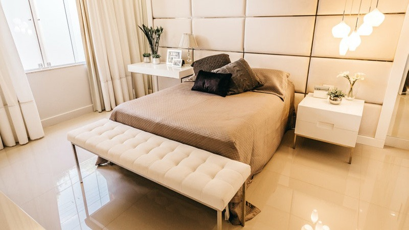 cozy-modern-bedroom